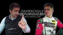 Mick Schumacher aparcando un Mercedes-AMG A 45 4MATIC