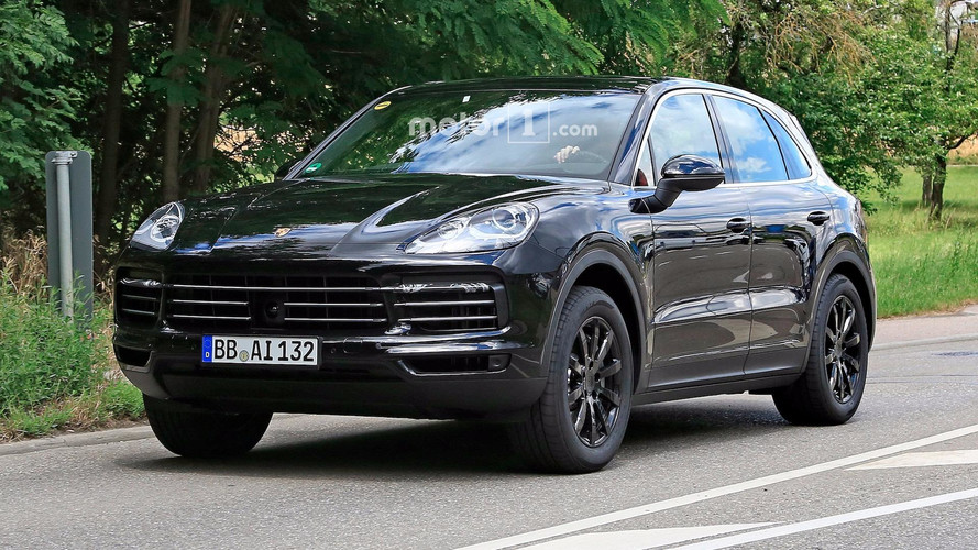 Big-Mouthed 2018 Porsche Cayenne Caught Grinning On The Street