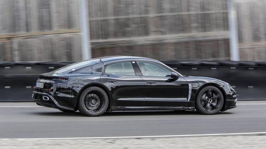 Mark Webber, Porsche Mission E'yi piste çıkardı