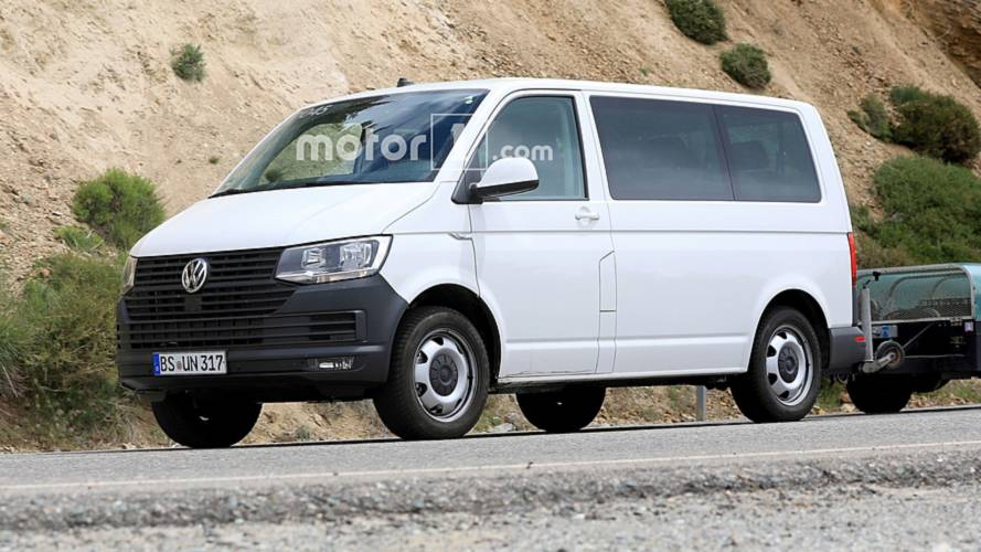 Volkswagen Transporter (T7) spy photos