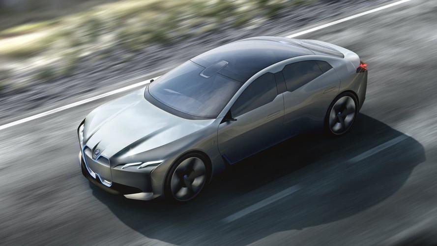 BMW, iNext'in 700 km menzile sahip olacağını söylüyor