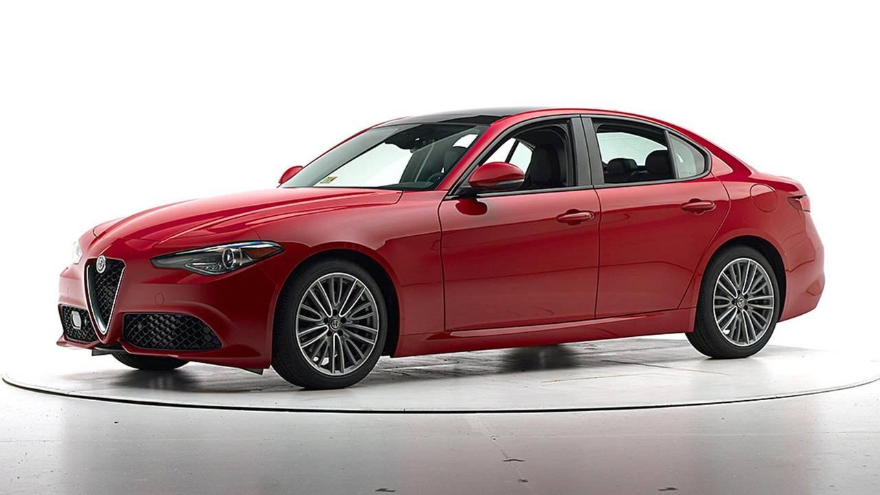 Alfa romeo giulietta comparison 12