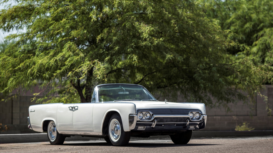 Jacqueline Kennedy's 1961 Lincoln Continental goes to auction