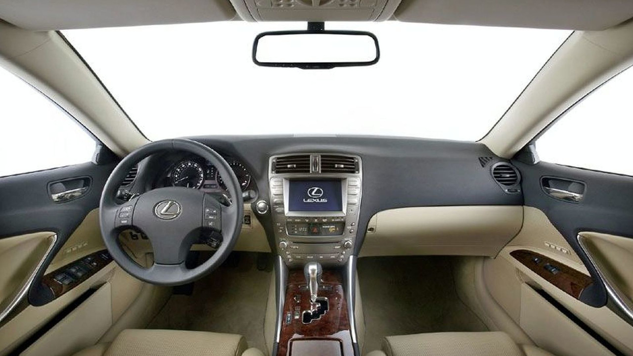 New Lexus IS at Geneva - Interior