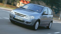 New Opel 1.2-liter TWINPORT Engine Premieres in Corsa and Agila