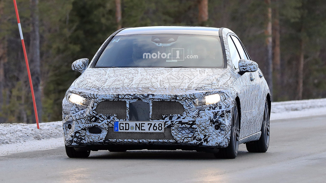 2018 Mercedes A-Class new spy photo