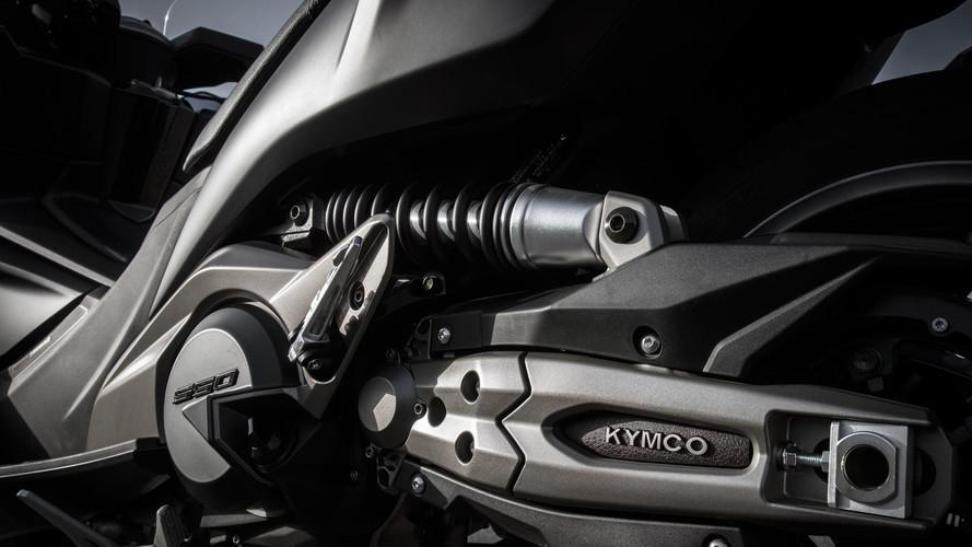 KYMCO AK 550