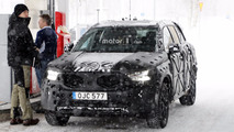 2018 Volvo XC40 spy photos
