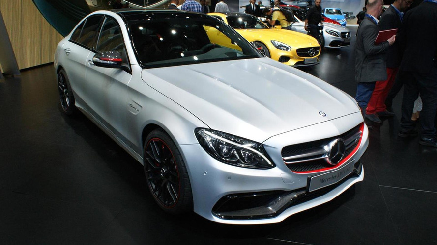2015 Mercedes-Benz C63 AMG flexes its muscles in Paris
