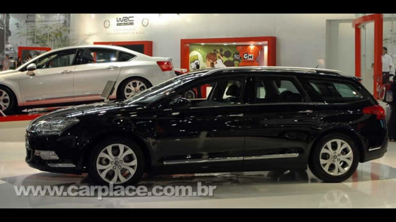Citroën lança Novo C5 Sedan e C5 Tourer no Brasil em exposição de Yves Saint Laurent