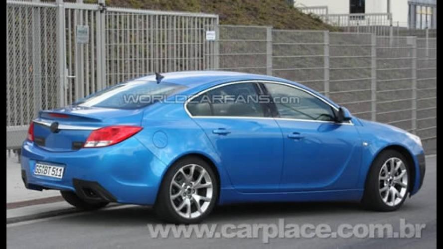 Opel Insignia OPC é flagrado - Versão esportiva pode ter 320cv de potência