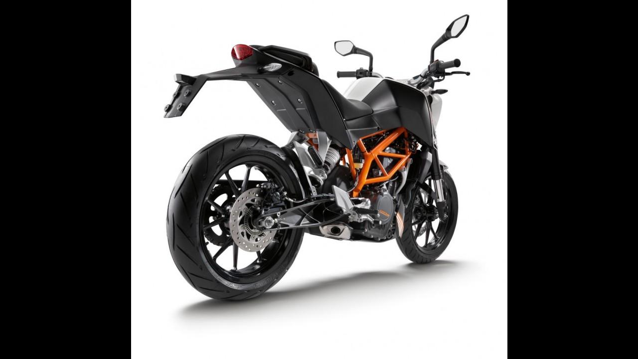 """Na faixa dos R$ 20 mil, Duke 390 deverá ser a """"moto-chefe"""" da KTM na volta ao Brasil"""