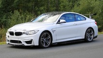 BMW M4 facelift spy photos