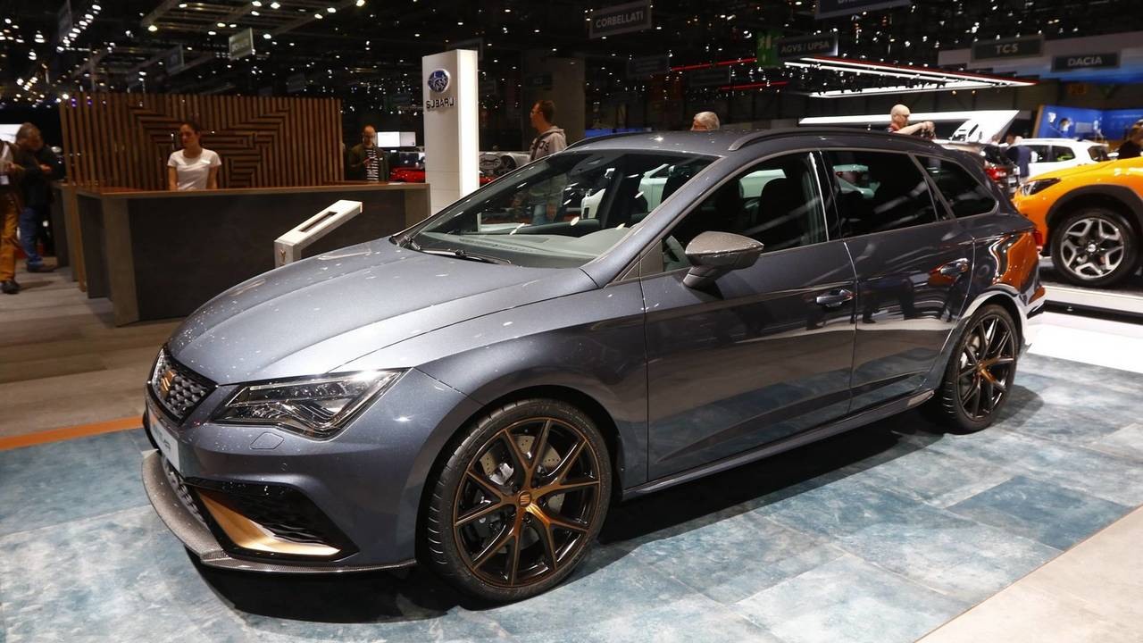 seat leon cupra r st live from geneva motor show. Black Bedroom Furniture Sets. Home Design Ideas