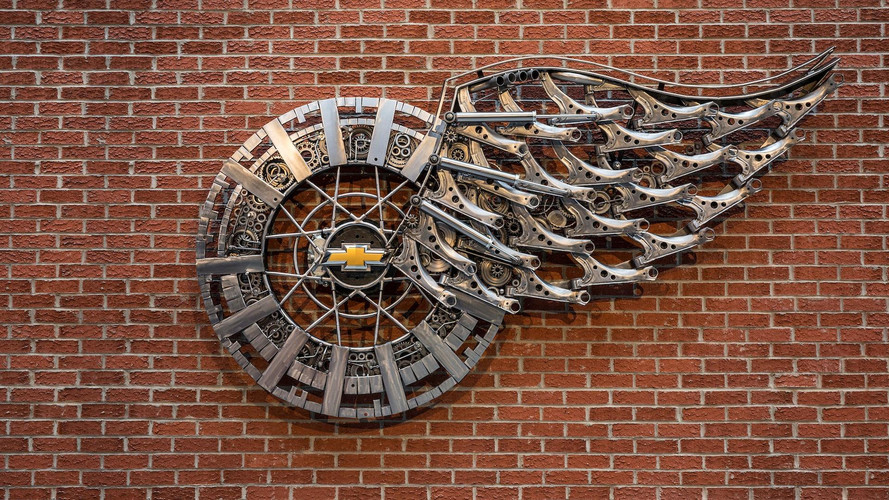 Chevy Honors New Detroit Red Wings Arena With Unique Sculpture