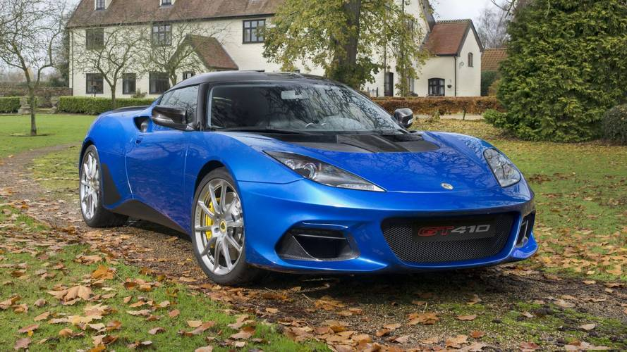 Lotus Evora GT410 Sport Is An Ode To Carbon Fiber