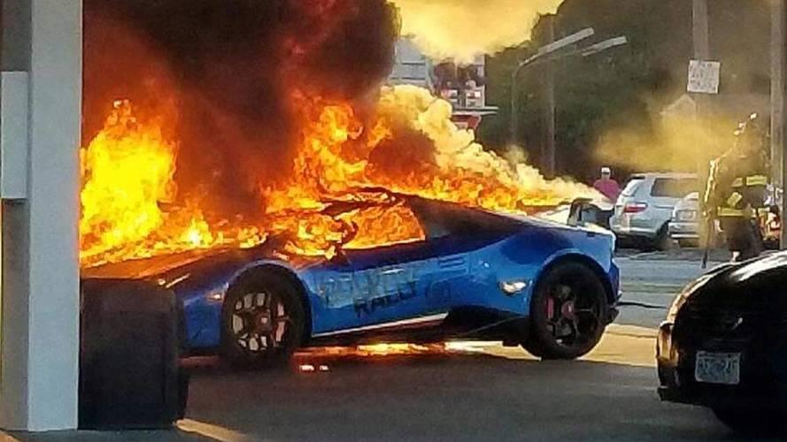 Lamborghini Huracan, a fuoco per una distrazione