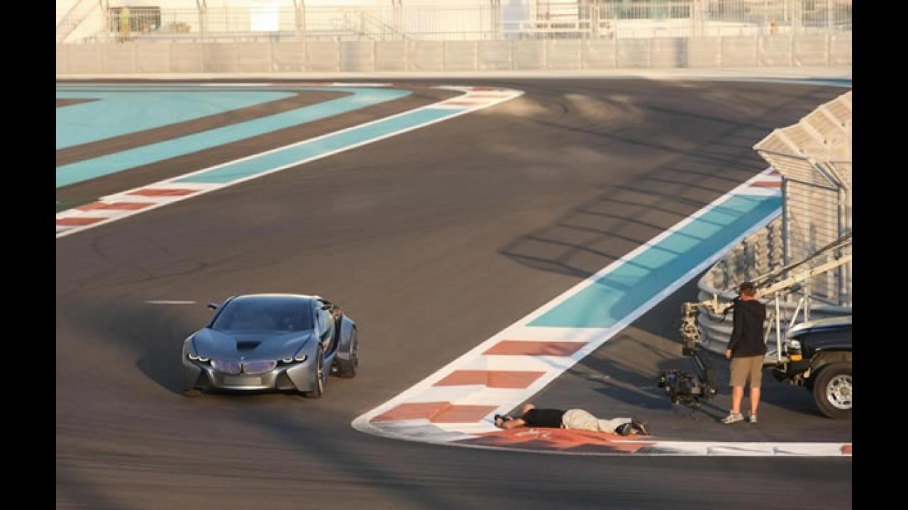 BMW i8: Vision EfficientDynamics é flagrado sem disfarces em Abu Dhabi