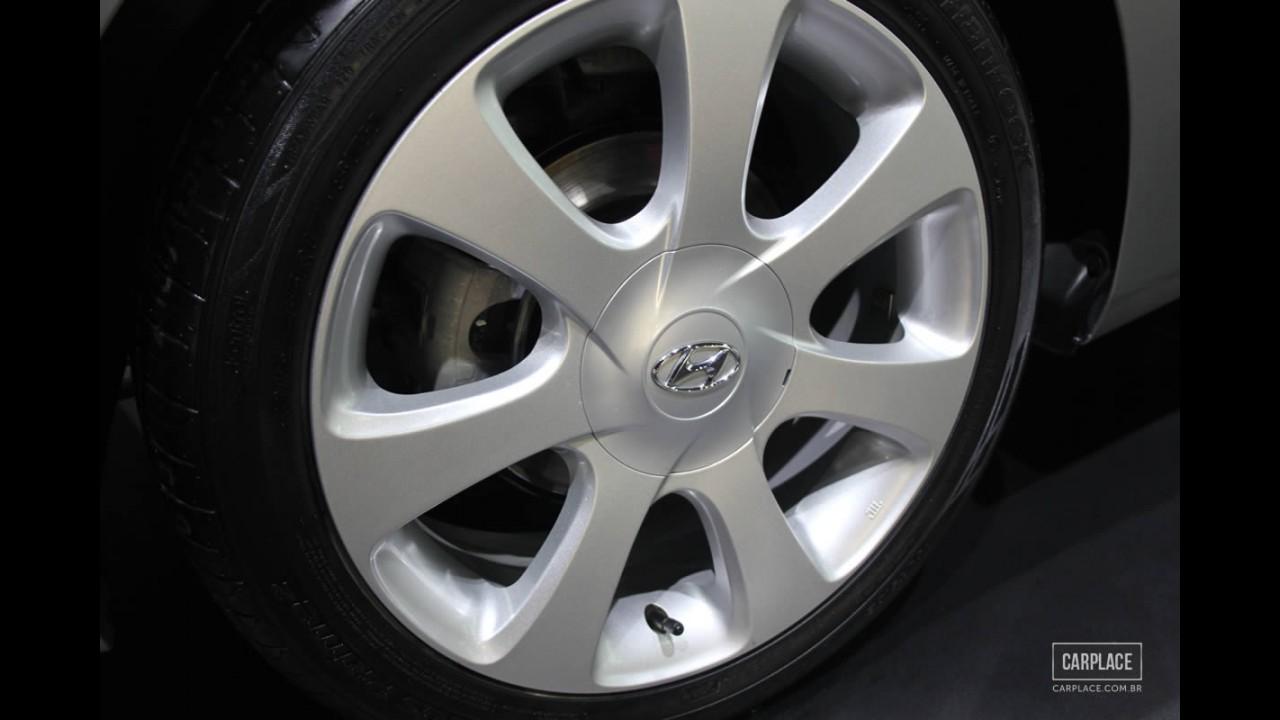 Salão do Automóvel: Hyundai surpreende e traz Elantra com motor 2.0 Flex de 174 cv