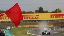 Nico Rosberg, Mercedes AMG F1 W07 Hybrid passes a red flag in qualifying