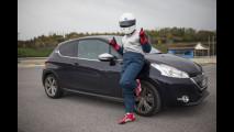 Peugeot 208 XY e le tre pallavoliste - Social Test di OmniAuto.it