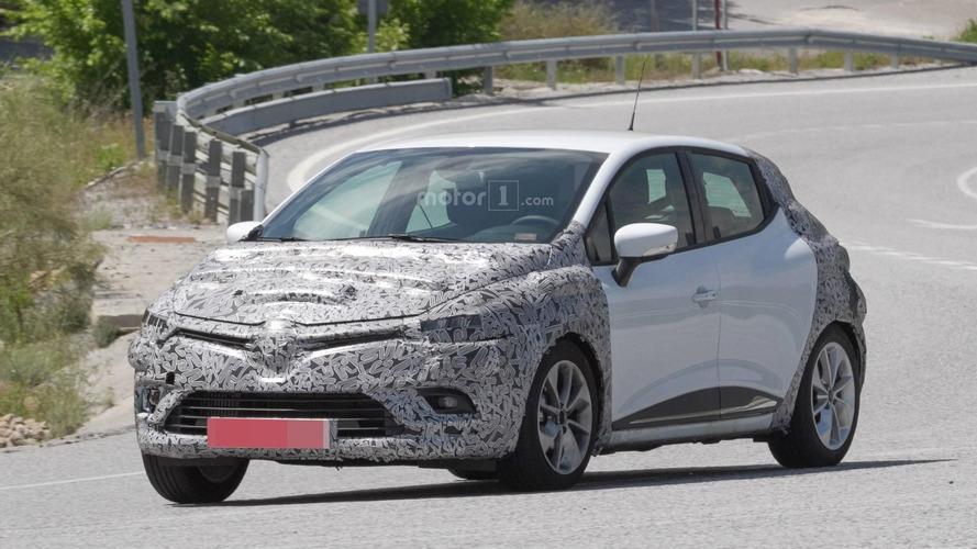 2017 Renault Clio facelift spy photos