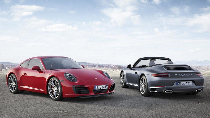 2016 Porsche 911 Carrera unveiled with a new twin-turbo six-cylinder engine [video]