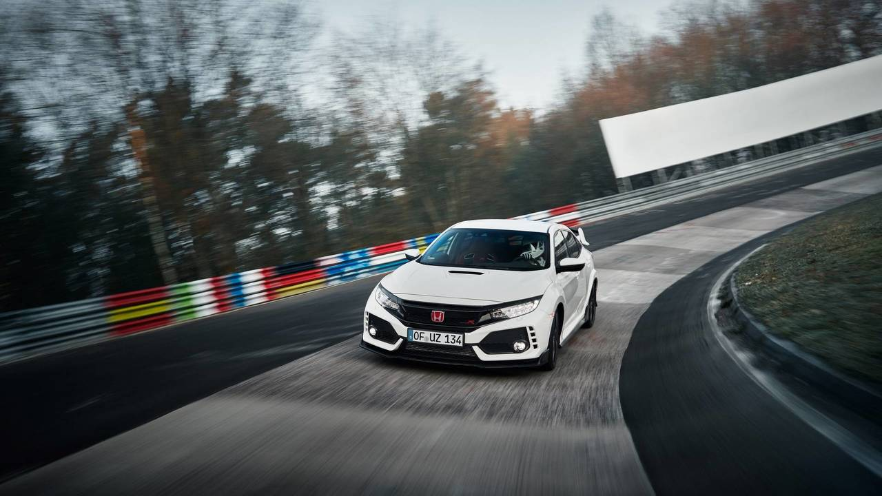 5. Honda Civic Type R: 2.0L turbo I4, 320 beygir