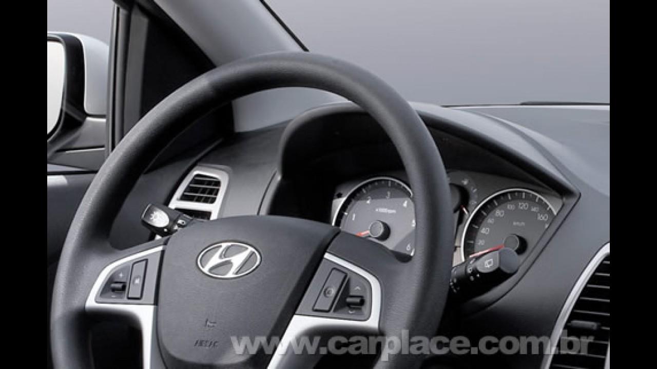 Hyundai divulga novas fotos e vídeo do compacto i20 - Veja imagens do interior