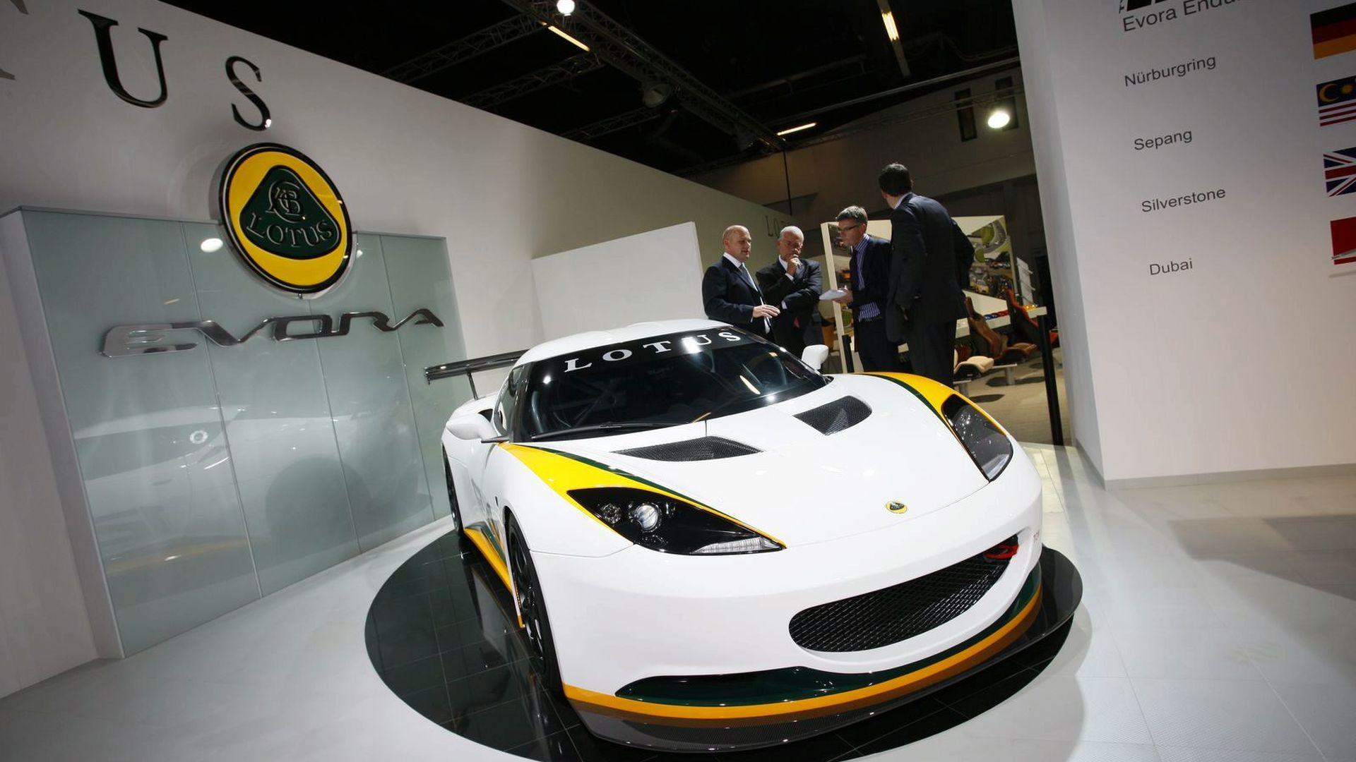 https://icdn-3.motor1.com/images/mgl/xZl7q/s1/2009-182545-lotus-evora-type-124-endurance-racecar-in-frankfurt1.jpg