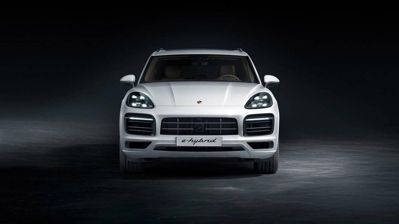 Porsche dévoile la version plug-in hybride de son nouveau Cayenne