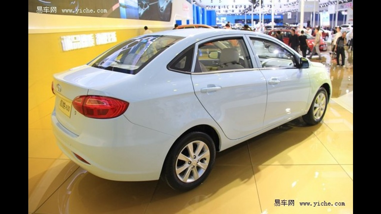 JAC apresenta o novo Heyue A30 na China - Ele pode ser lançado aqui como o futuro J4