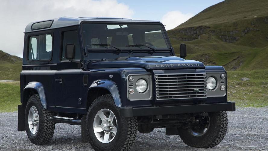 2013 Land Rover Defender gets minor updates