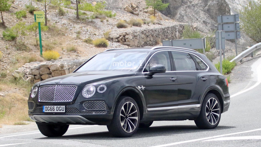 Bentley Bentayga híbrido enchufable fotos