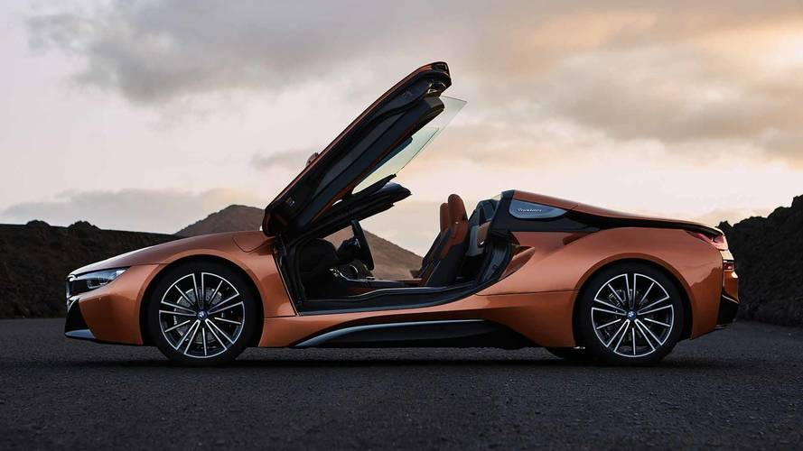BMW Aims To Keep i8 Roadster Sales High With Special Editions