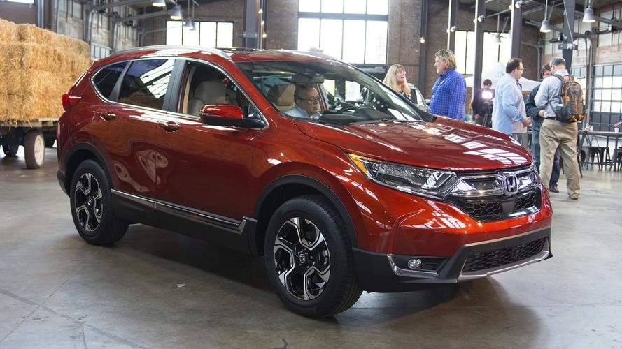 2017 Honda CR-V daha geniş iç mekan ve turbo gücüyle tanıtıldı