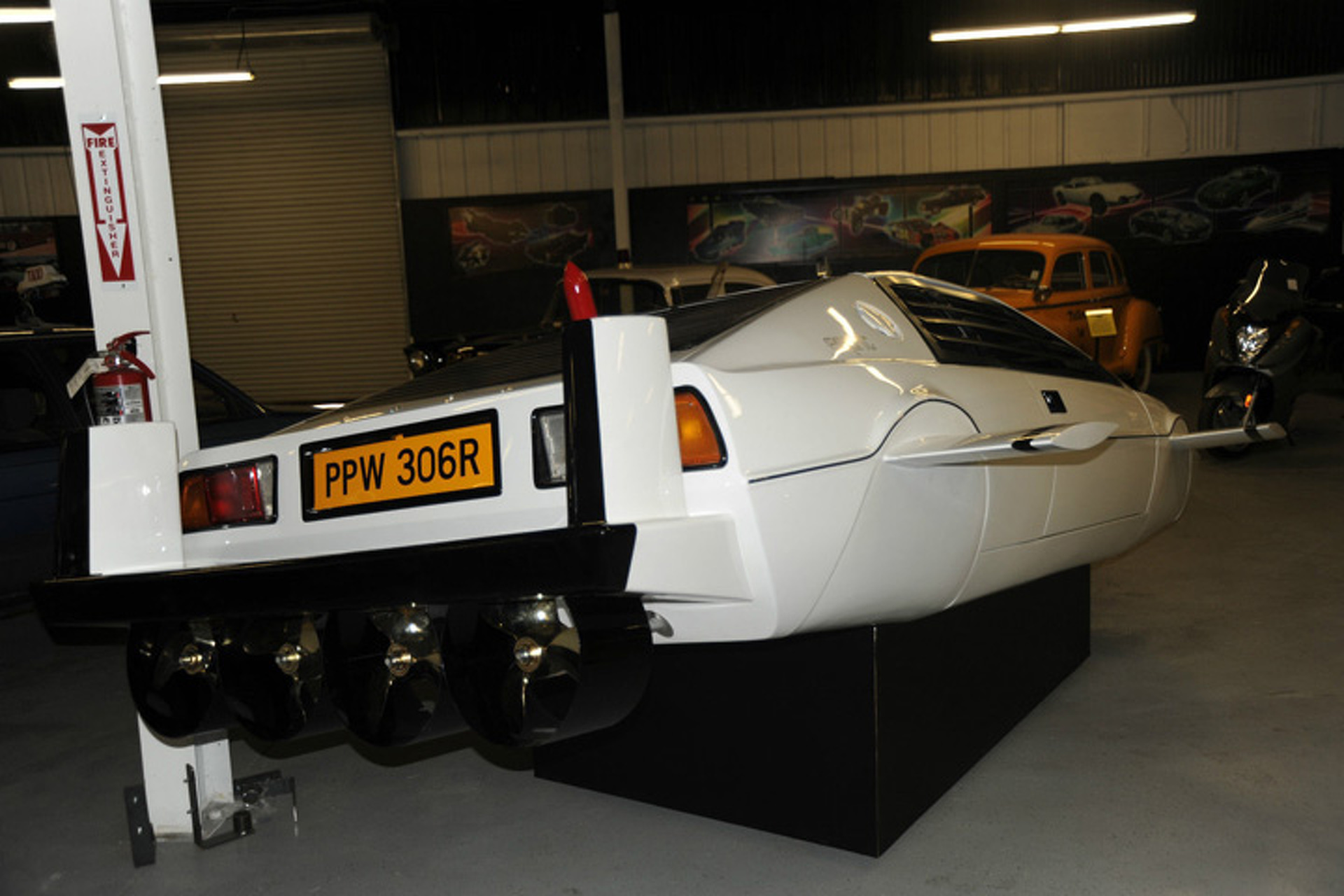 Own James Bond's Lotus Submarine Car for $1 Million