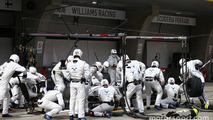 Valtteri Bottas, Williams FW38 pit stop
