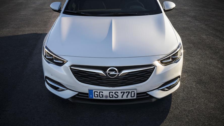 Rachat d'Opel - PSA poursuit son opération séduction