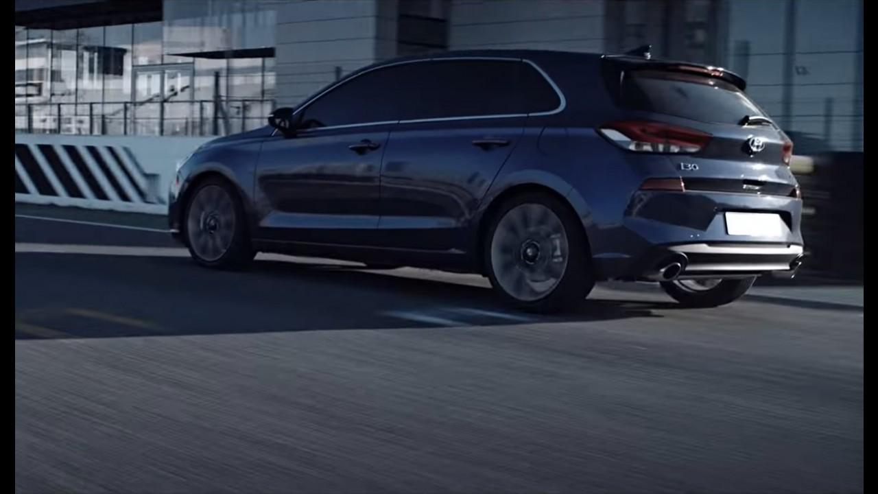 Vídeo: Hyundai i30 2017 aparece de novo, e agora com motor 1.6 turbo de 204 cv