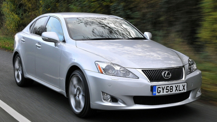 Lexus IS Facelift Priced Cheaper than Previous Model (U.K.)