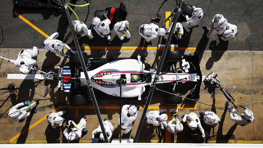 How F1's Wider 2017 Tyres Are Shaking Up Pitstops