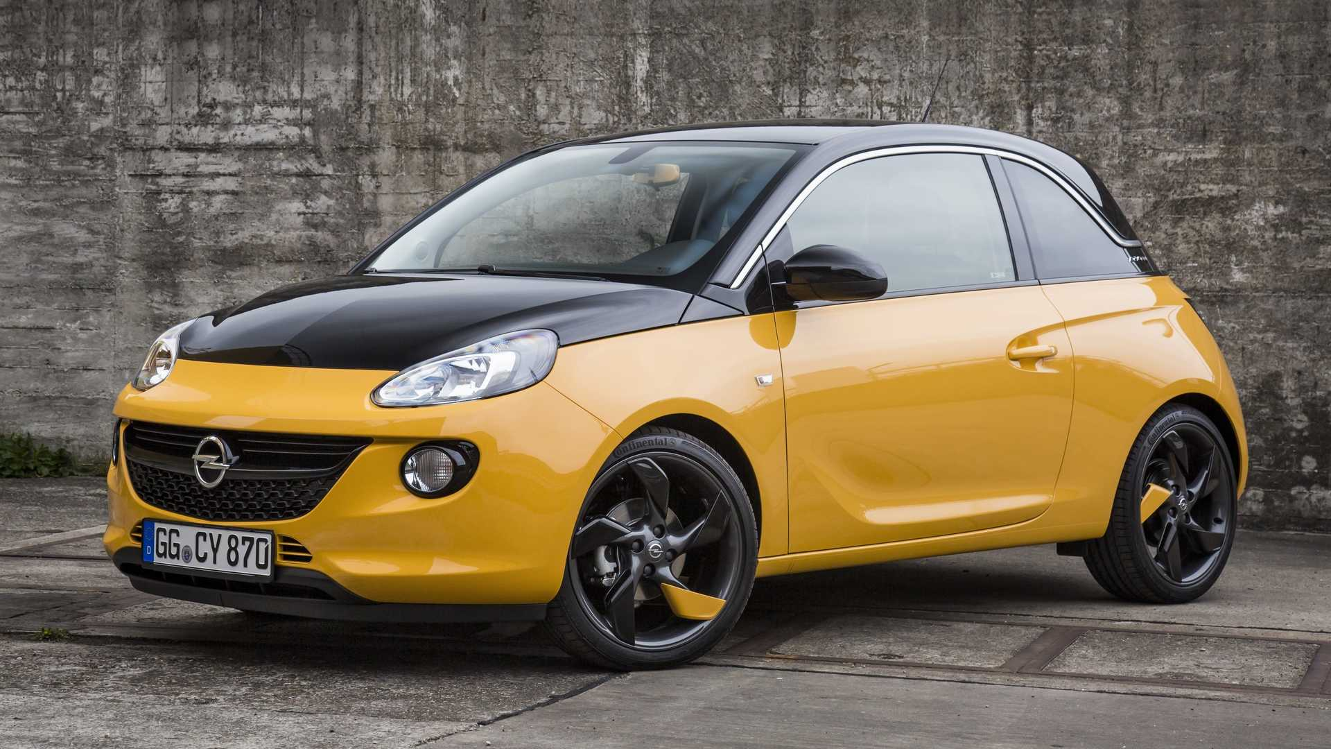 opel adam black jack special edition is half yellow. Black Bedroom Furniture Sets. Home Design Ideas