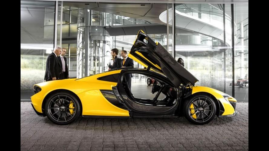 McLaren P1 acelera de 0 a 100 km/h em 2,8 s e faz até 12 km/l de consumo