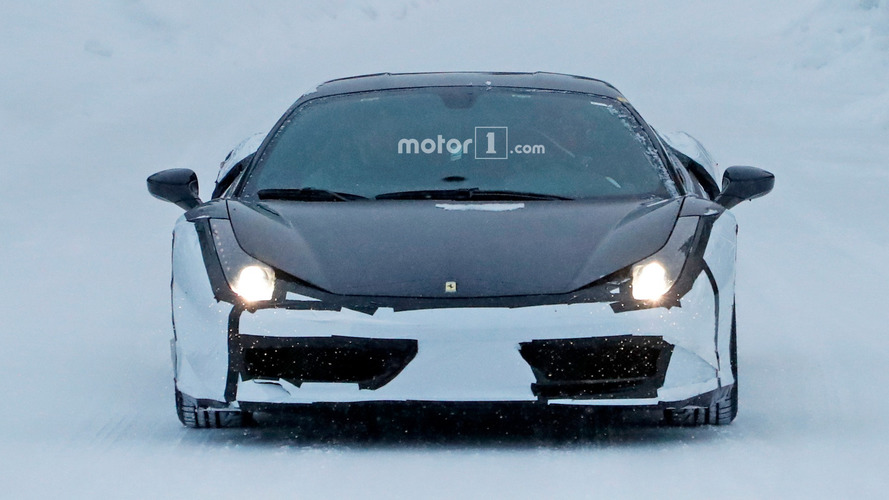 Ferrari 488 Casus Fotoğraflar