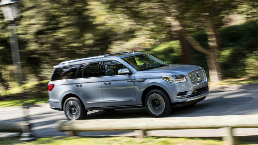 2018 Lincoln Navigator: A Closer Look Inside And Out Via Videos