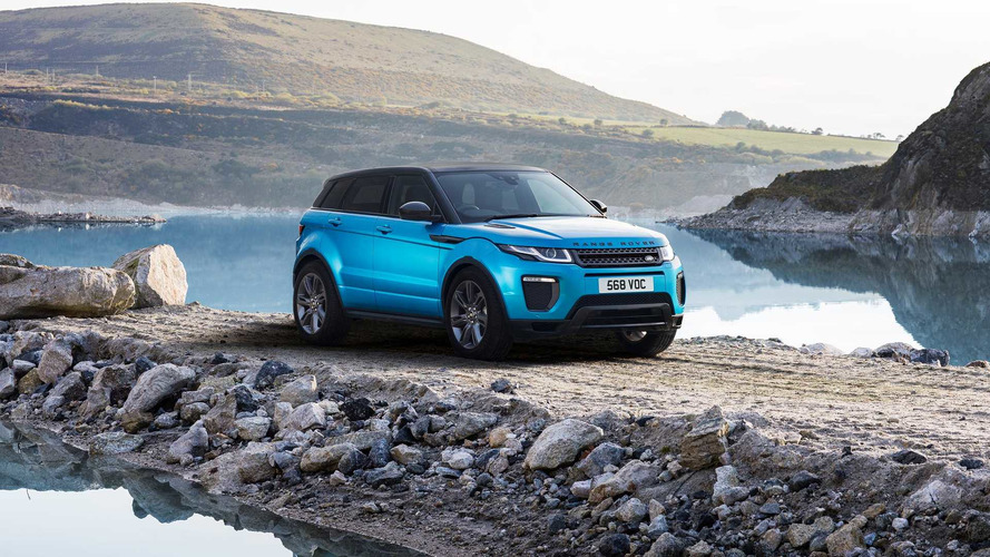 Así sortea el Range Rover Evoque 2018 el badén más grande del mundo