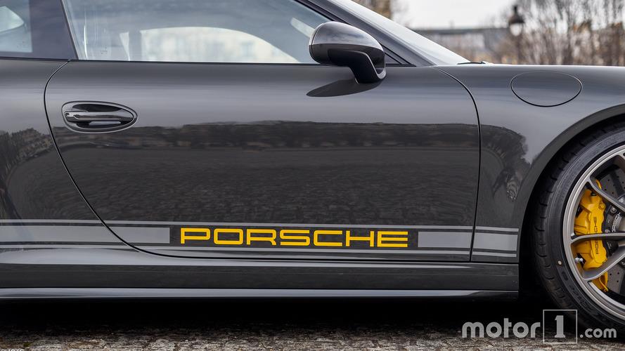 KVC - Porsche 911R shooting Paris enchères