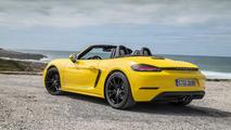 Porsche 718 Boxster amarillo