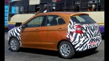 Novo Ka é flagrado em testes na Índia com pouca camuflagem